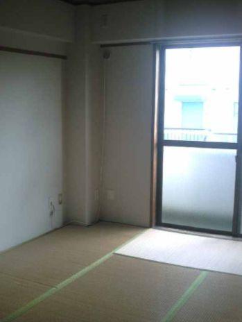 Numabukuro Sta. 2DK 305